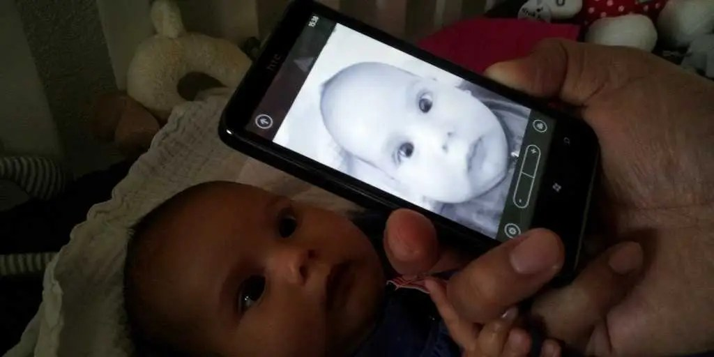 baby infant phone facetime technology