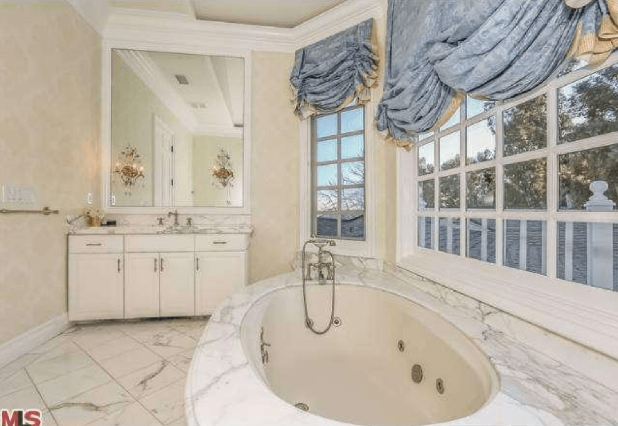 Complete with luxurious marble bathrooms close by.