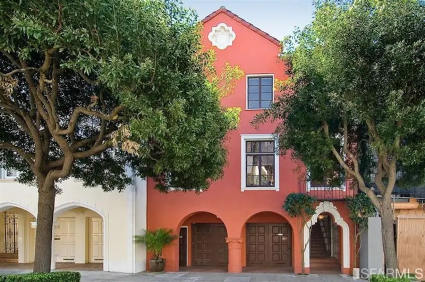 This Presidio Heights home sold for 20.5% above its asking price after just 8 days on the market. According to the listing, the home's six bedrooms include a suite that's perfect for an au pair.