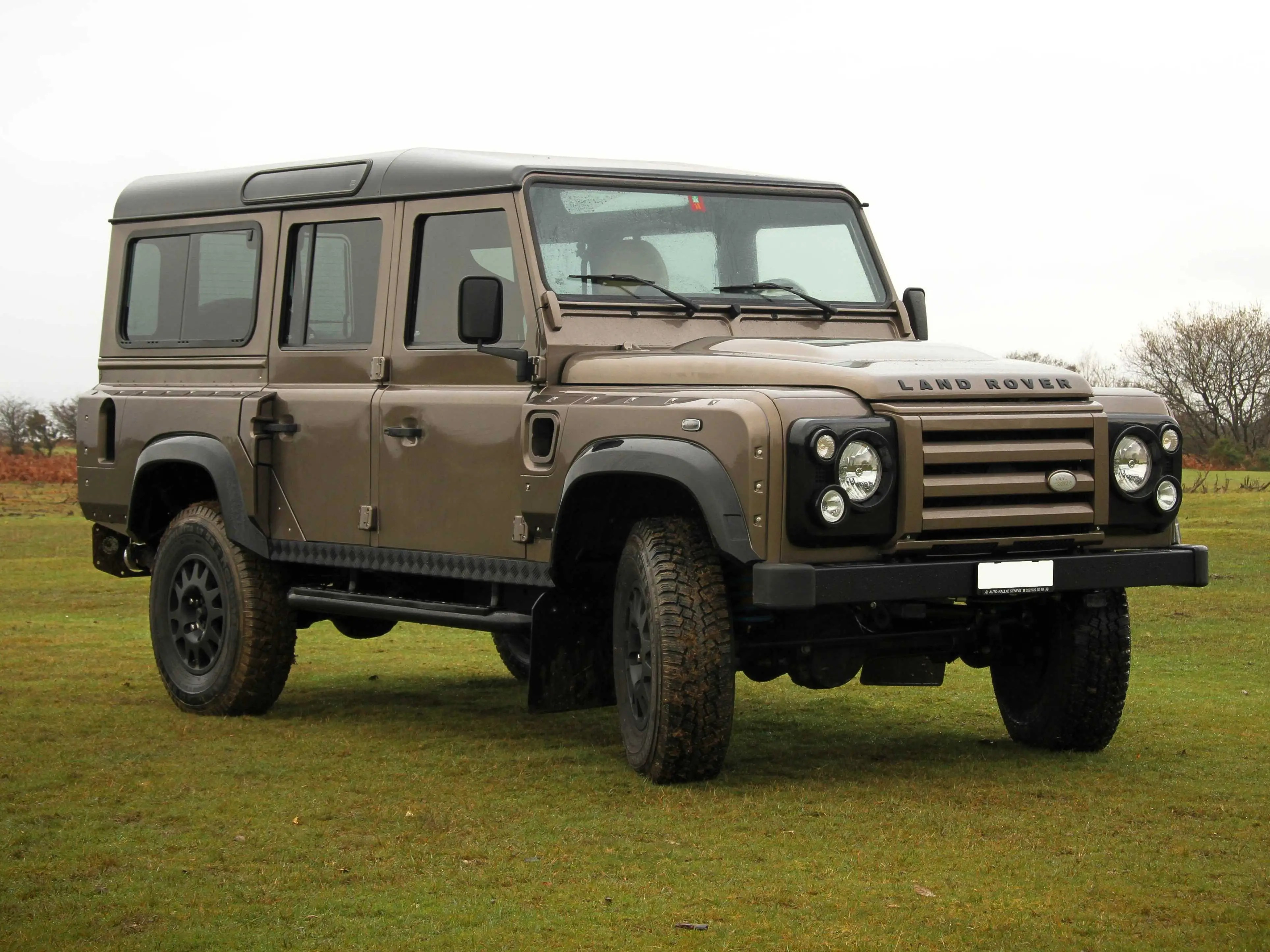 Wildcat Land Rover Defender es With A Corvette Engine