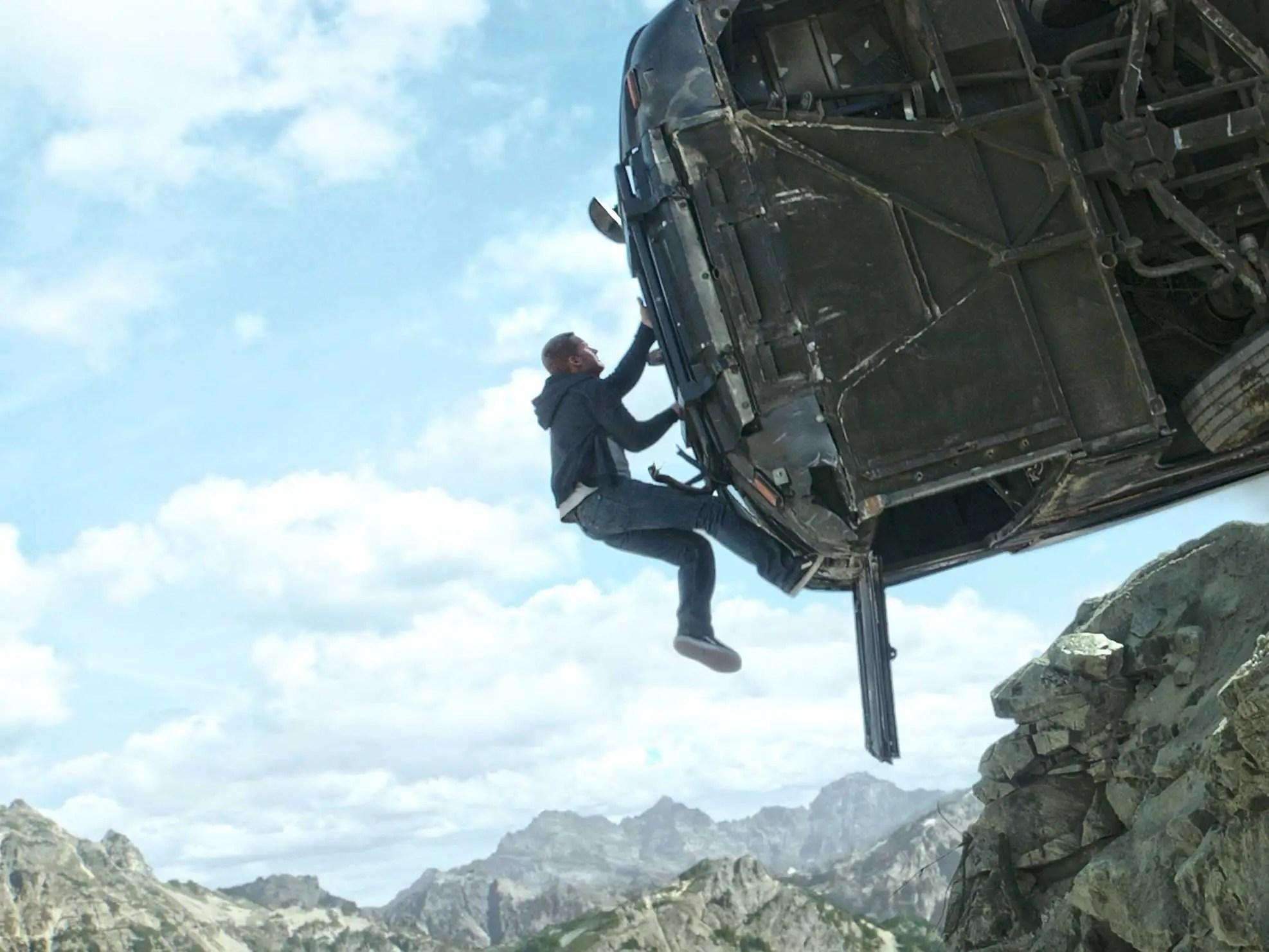Stuntman Car Wallpaper Furious 7 Paul Walker Bus Jump Almost Didn T Happen