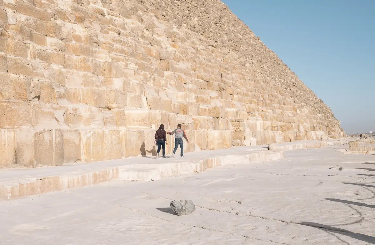 When they went to the Saqqara pyramids on the edge of the Cairo region, they found they were the only people there. Besides feeling nervous to be off that far alone, they were also being bothered by locals while they were walking around.