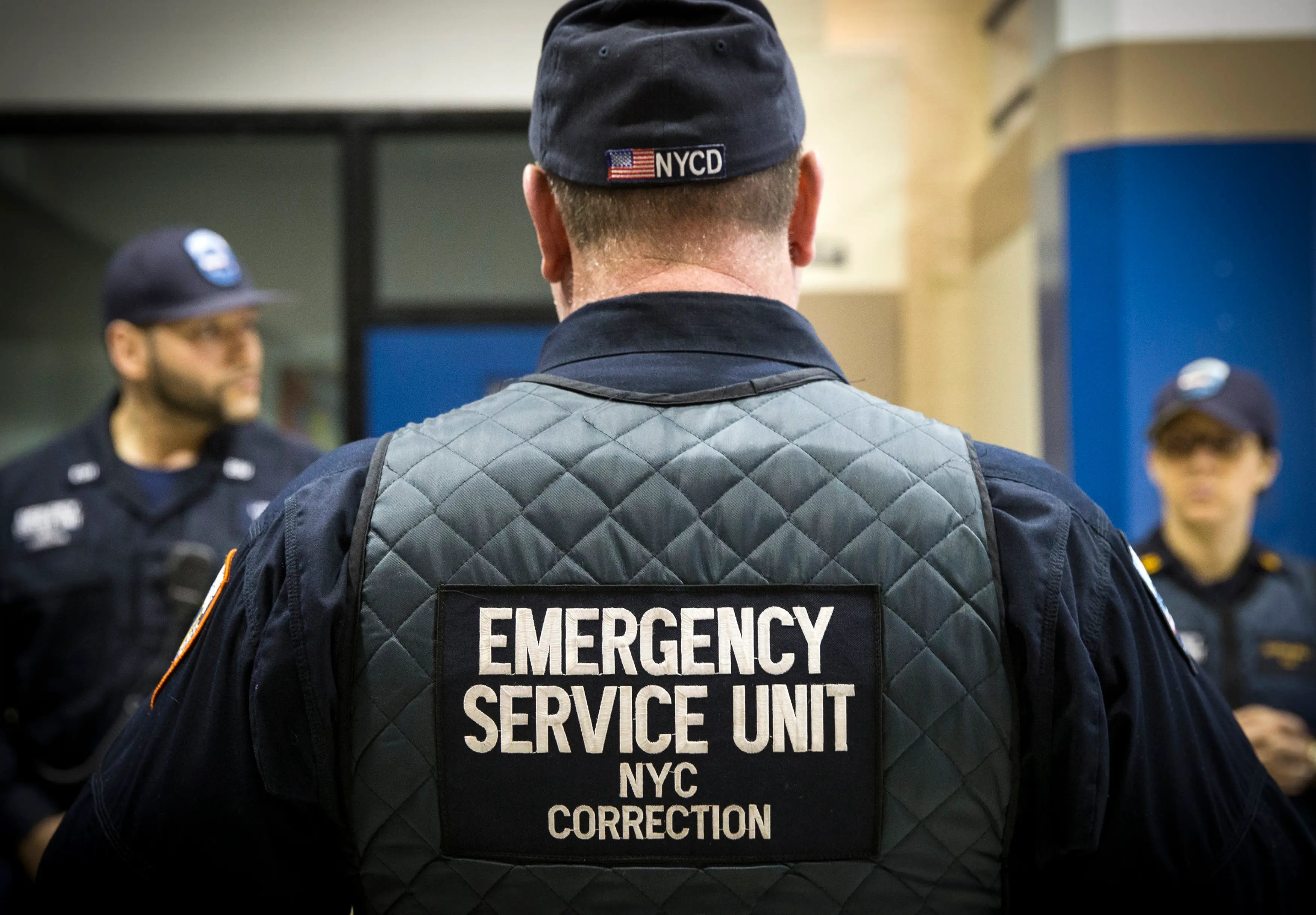 rikers island emergency services unit