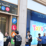 Amazon Beat Toys R Us Online Sales Business Insider