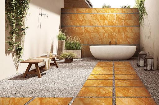Gạch giả vân đá marble vàng ốp phòng tắm