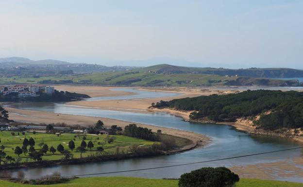Miengo advierte de los riesgos de contaminación a la ría/Antonio 'Sane'