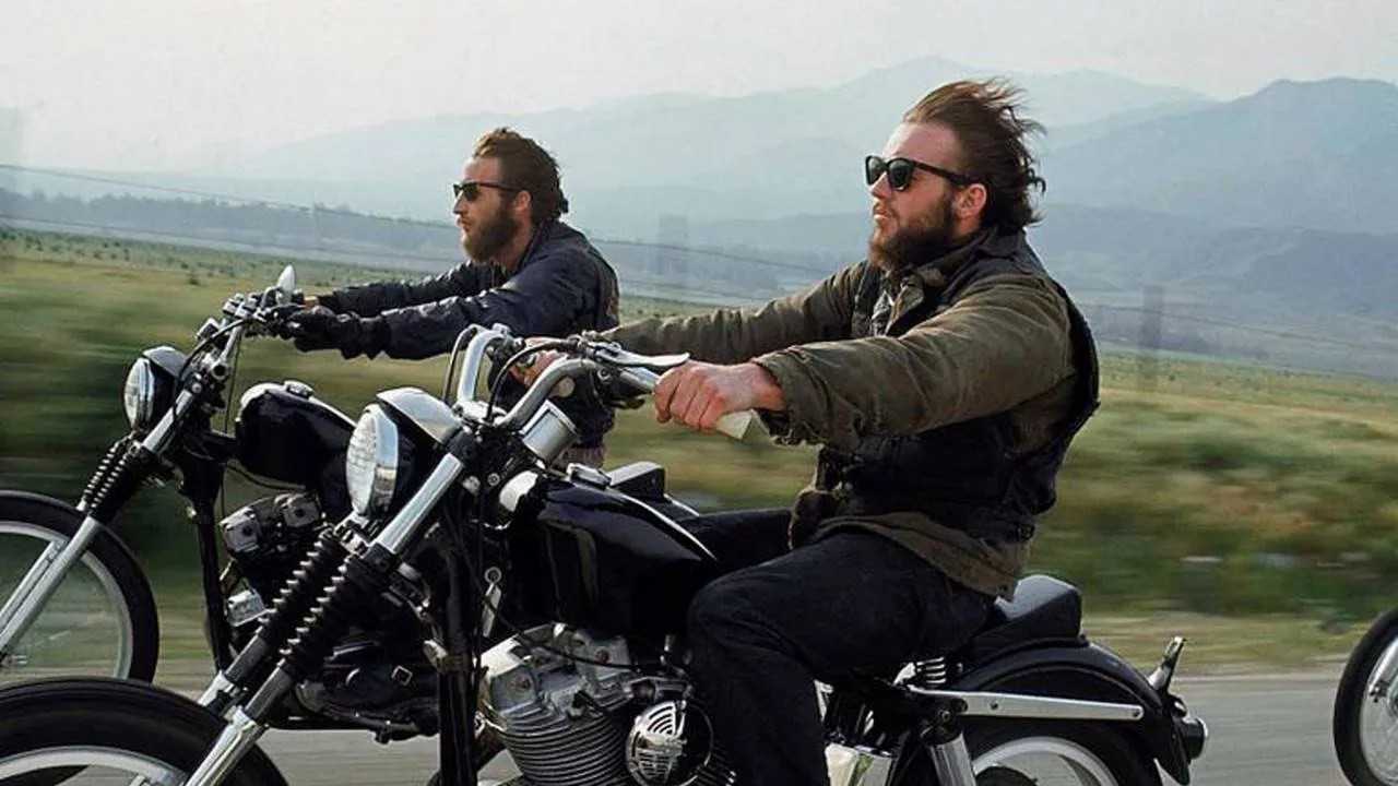 MC Riding Harleys