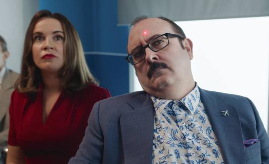 Martita de Graná and Carlos Areces in 'García y García' ./