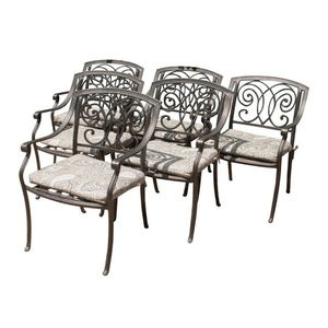 six outdoor chairs with plantation