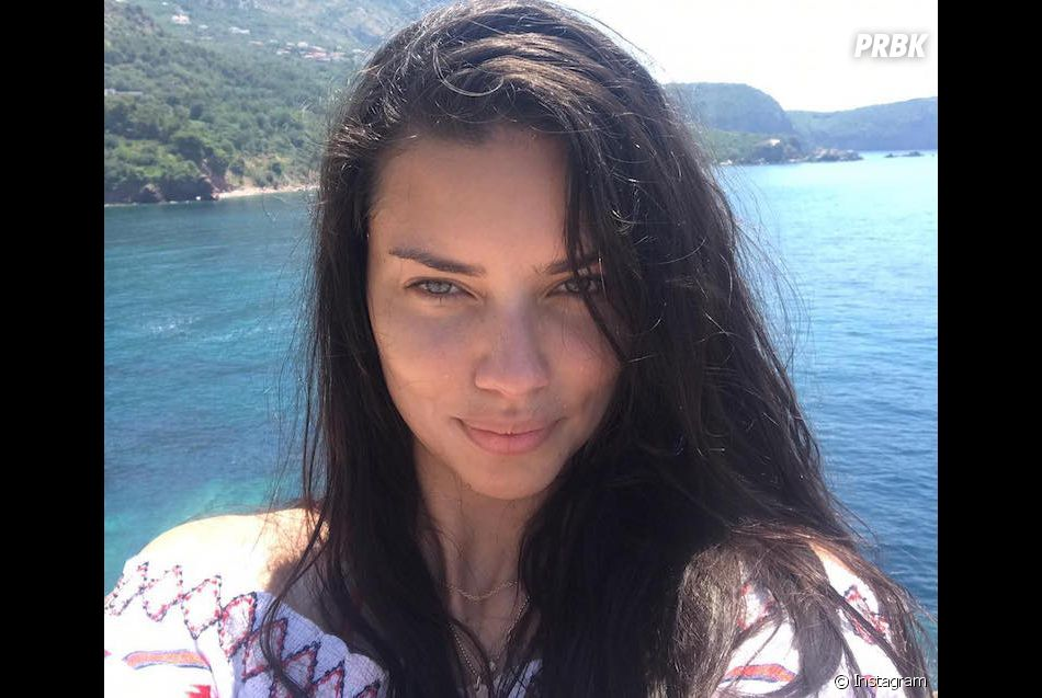 Adriana Lima sublime sans maquillage ! - Purebreak