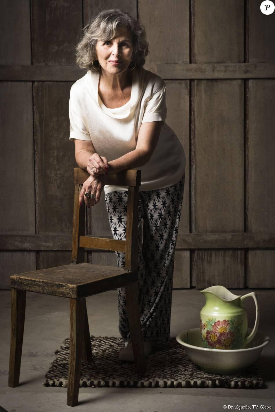 Vitória (Irene Ravache) será mãe de Emília (Ana Beatriz Nogueira) e pensará que ela está viva, na segunda fase da novela 'Além do Tempo' que começa em 20 de outubro de 2015