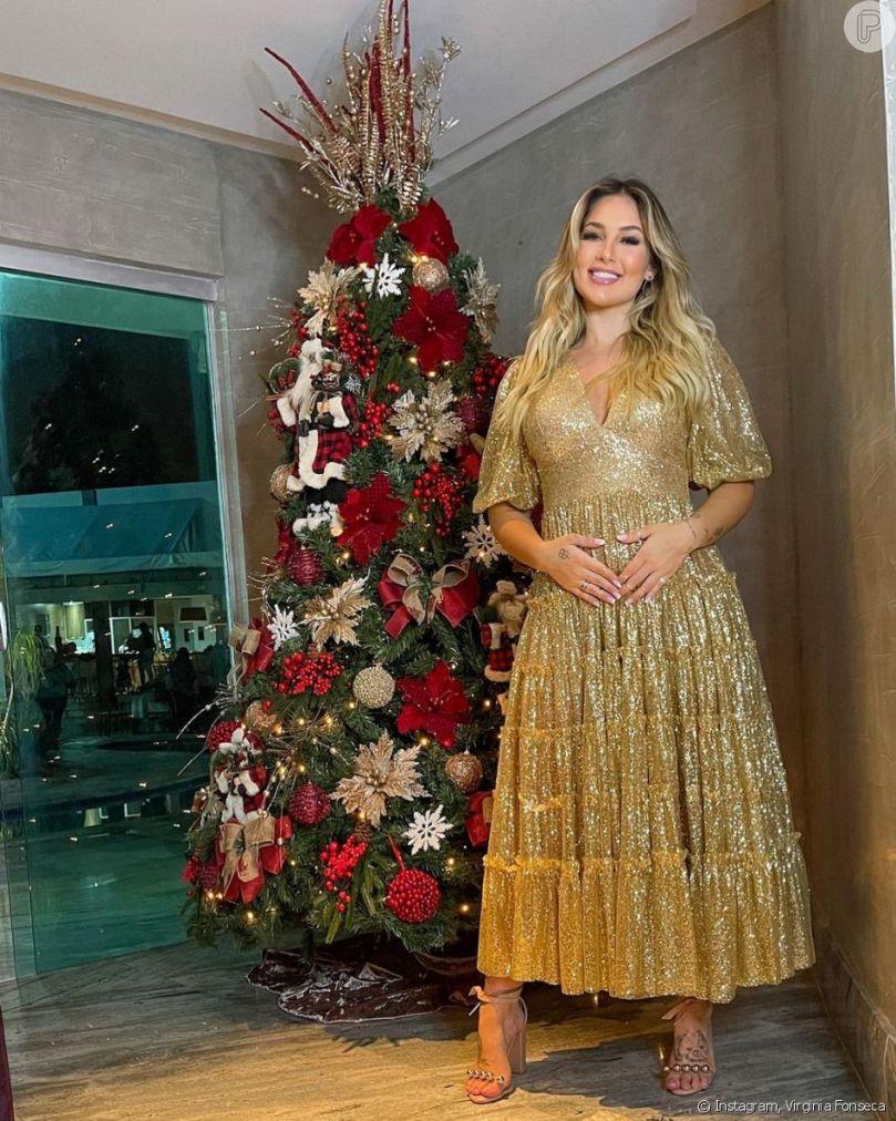 Virgínia Fonseca apostou no vestido dourado com decote e mangas bufantes da  marca Amarante Brand - Purepeople