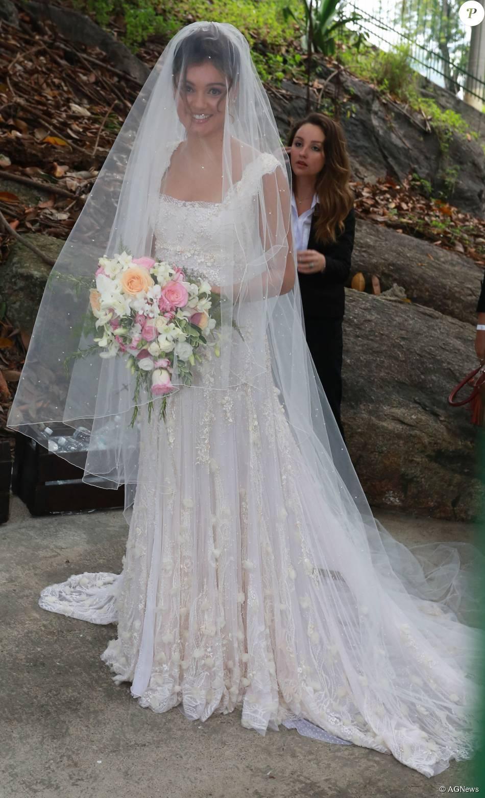 Sophie Charlotte usou vestido de noiva da grife Martu, da estilista Marta Macedo