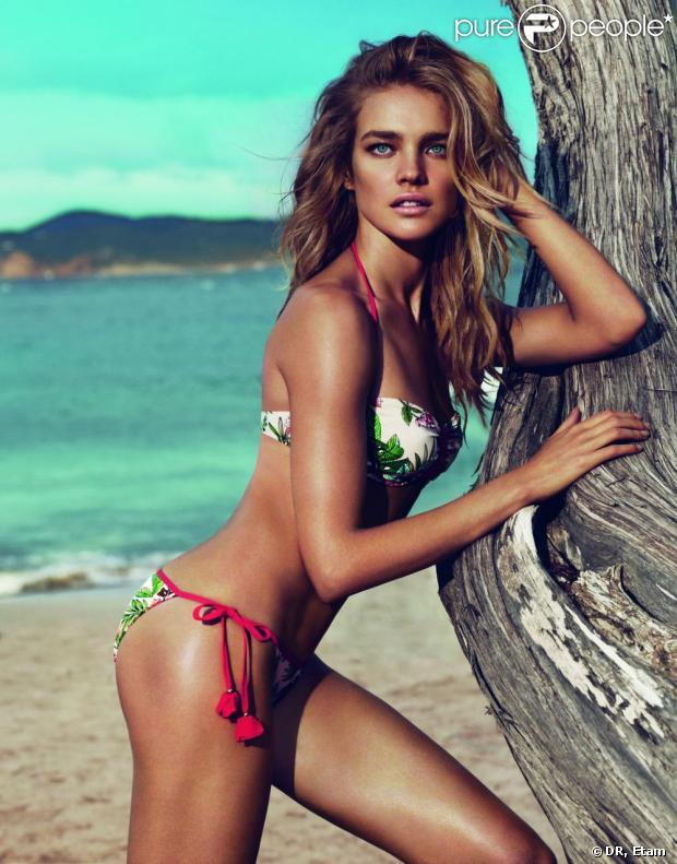 Natalia Vodianova pose dans les bikinis de la collection été 2013 d'Etam.