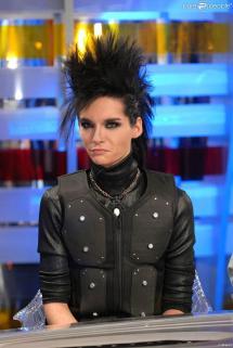 Crte Surdimentionn Pour Le Leader Des Tokio Hotel Bill