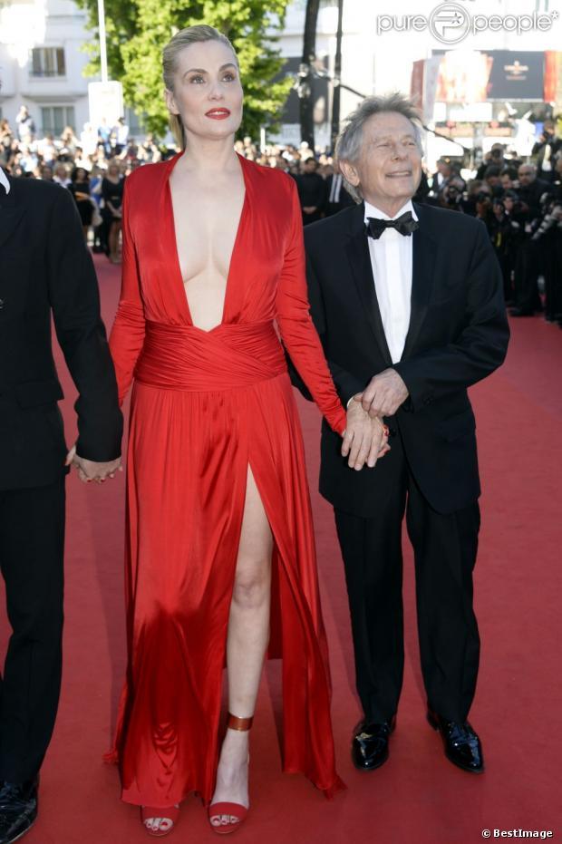 """Emmanuelle Seigner et Roman Polanski - Montée des marches du film """"La Venus à la fourrure"""" lors du 66e Festival du film de Cannes. Le 25 mai 2013."""