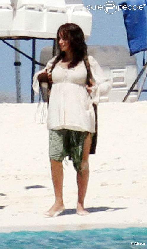 Penélope Cruz, enceinte, sur le tournage de Pirates des Caraïbes 4 , à Hawaï