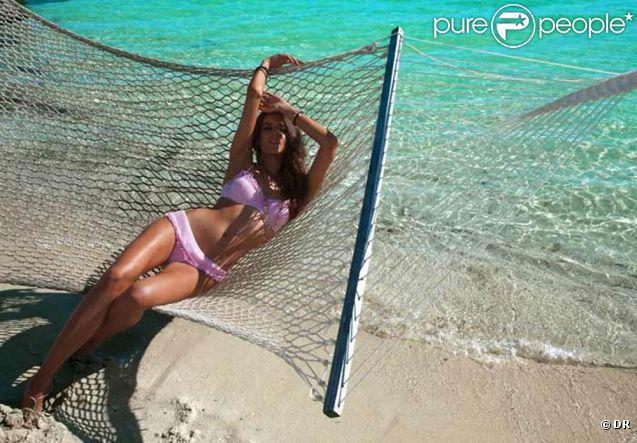Le mannequin espagnol Clara Alonso pour la marque de maillots de bain Baku, 2011.