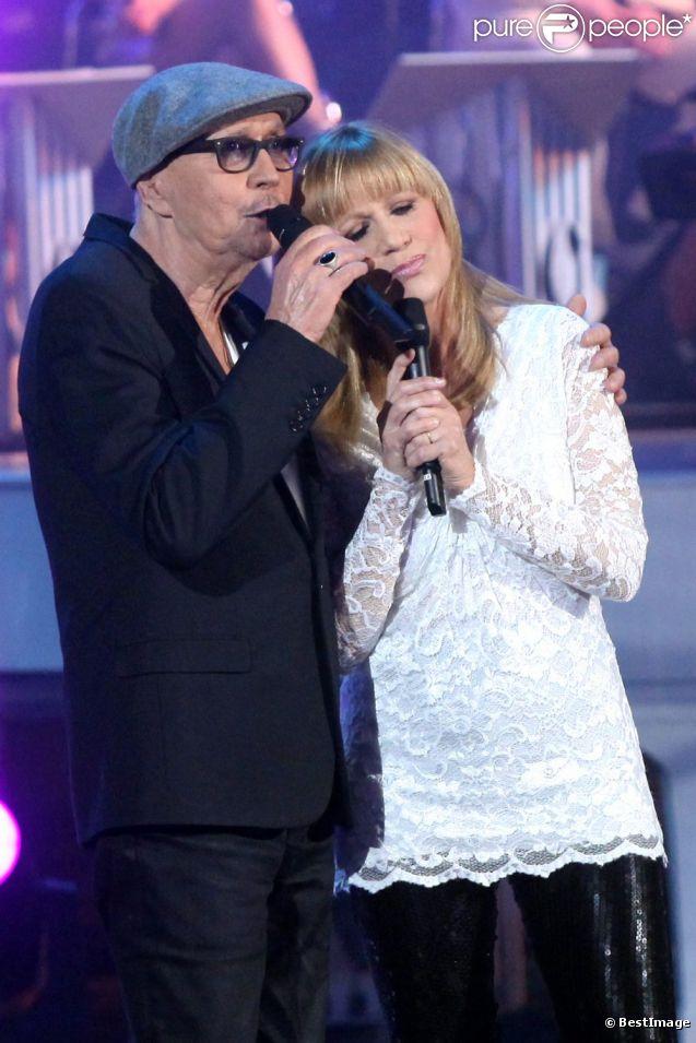 Stone et Charden en mars 2012 lors de l'enregistrement de l'émission  Les Années Bonheur . Diffusion le 5 mai 2012.   Eric Charden est mort le 29 avril 2012 à 69 ans ; sa complice Annie Stone sait que