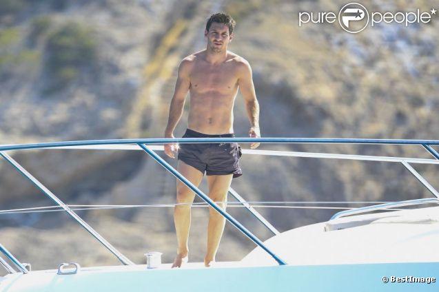 Exclusif - L'attaquant argentin du FC Barcelone et triple Ballon d'Or Lionel Messi, en vacances sur un yacht à Ibiza. Le 3 juillet 2012.