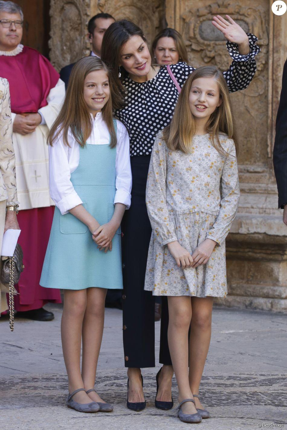 Roi Et Reine D Espagne : reine, espagne, Reine, Letizia, Filles., Felipe, Espagne,, Leurs, Filles, Princesse, Leonor, Asturies, L'infante, Sofia,, Ainsi, Purepeople