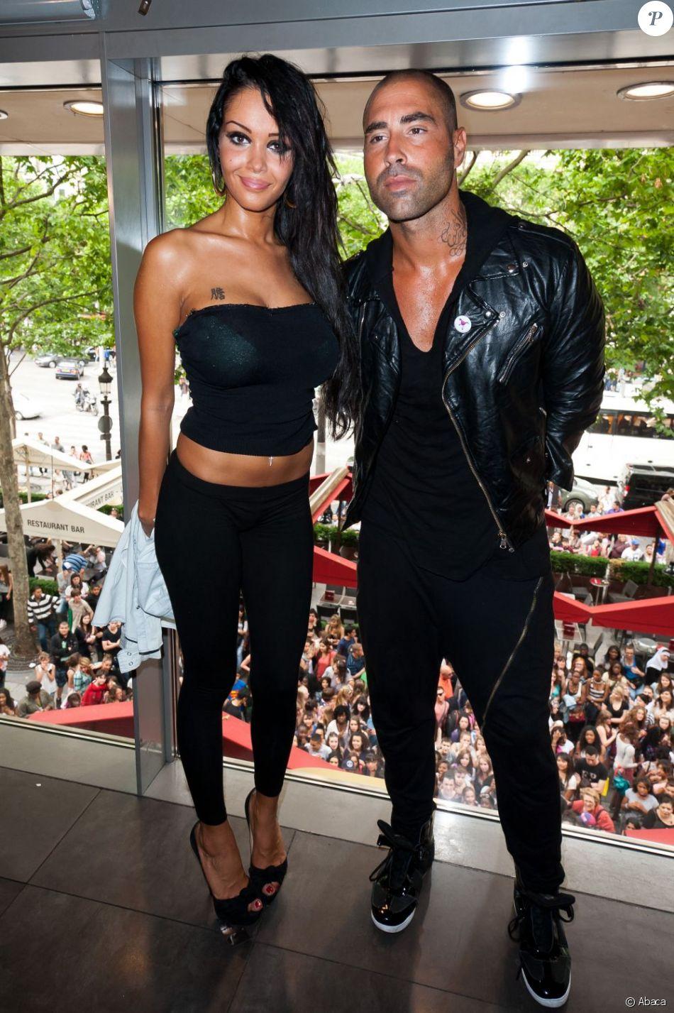 Sofiane et Nabilla en juin 2012 à Paris