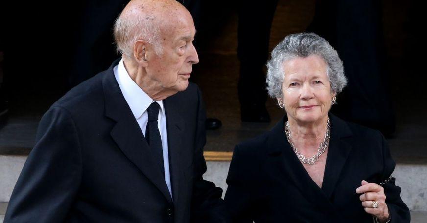 Valéry Giscard d'Estaing et sa femme Anne-Aymone à Neuilly ...