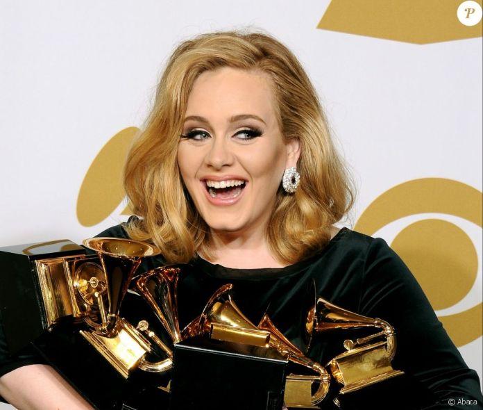 Adele aux Grammy Awards, le 12 février 2012 à Los Angeles.