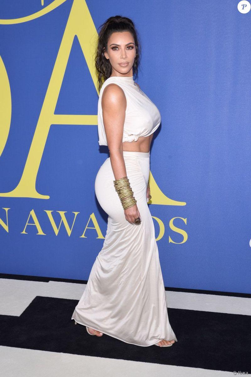 Kim et Kourtney Kardashian assistent aux CFDA Awards 2018 au Brooklyn Museum. New York, le 4 juin 2018.