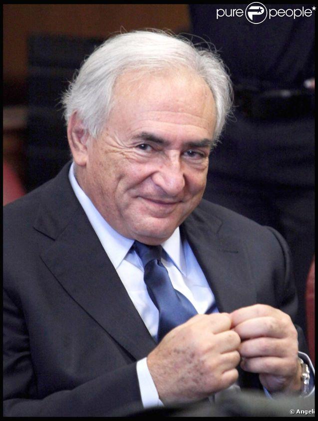 DSK tout sourire au tribunal... déjà ?