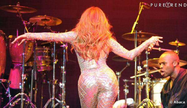 Jennifer Lopez a même assuré ses fesses