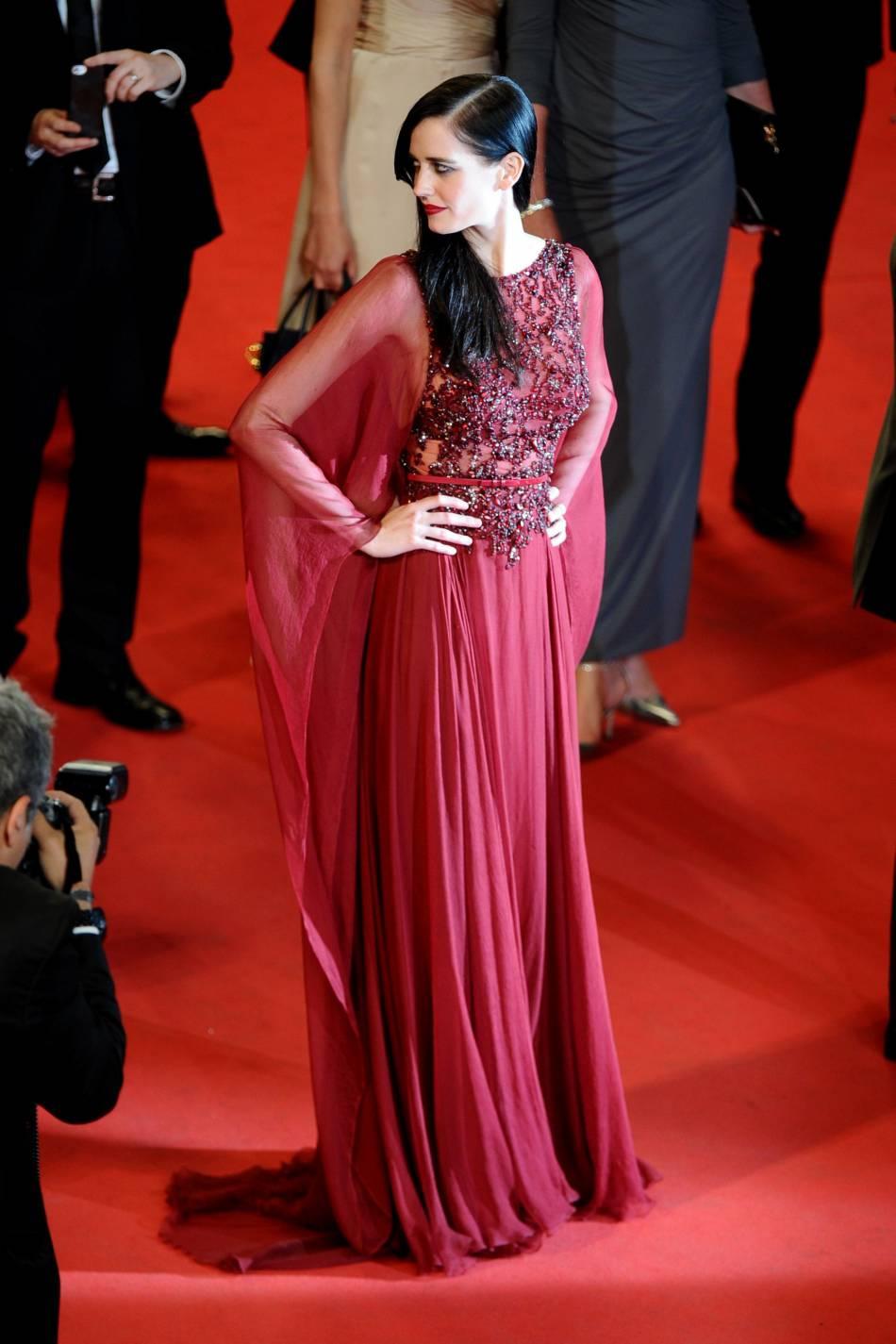 Eva Green en a subjugué plus d'un sur le tapis rouge du Palais des Festivals lors du Festival de Cannes 2014.