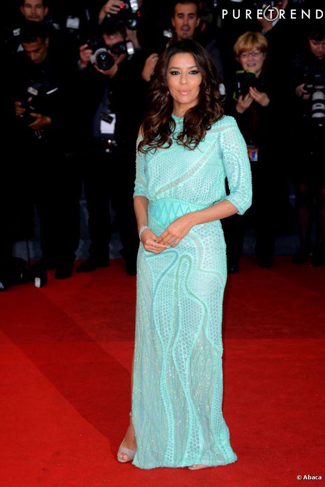 Les choses ont bien changé aujourd'hui. C'est en tant que starlette internationale et surtout égérie L'Oréal Paris qu'Eva Longoria foule le tapis rouge en 2013 et joue les reines du glamour.