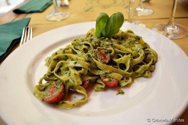 Uma das especialidades do La Zucca é o delicioso molho pesto preparado na casa