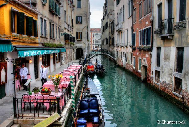 Para comer bem na charmosa cidade de Veneza, na Itália, é preciso conhecer restaurantes deliciosos escondidos em suas ruelas estreitas