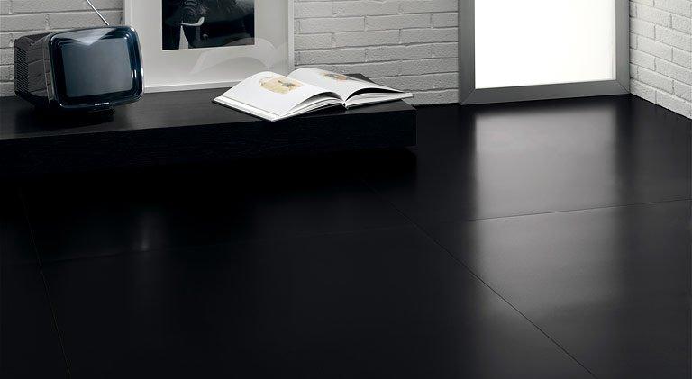 Boden mit schwarzen Fliesenplatten  Bild 12  SCHNER WOHNEN