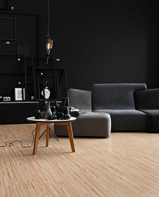 dunkle wandfarbe  wohnzimmer in grau und schwarz