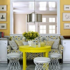 Settee For Kitchen Table Unique Gifts 19 Lovely Ways A Can Squeeze More Guests Around The Dining Designer Lindsey Coral Harper Image Via House Beautiful