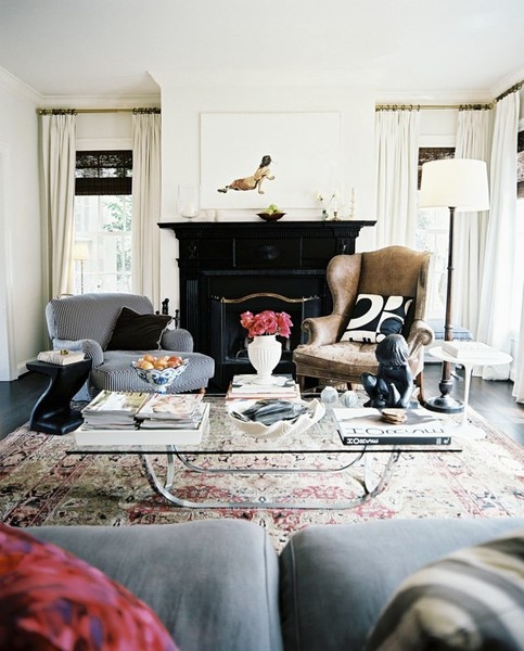 persian rug modern living room wall tiles ideas the oriental is it going out of style designed designer ashley putnam source lonny com