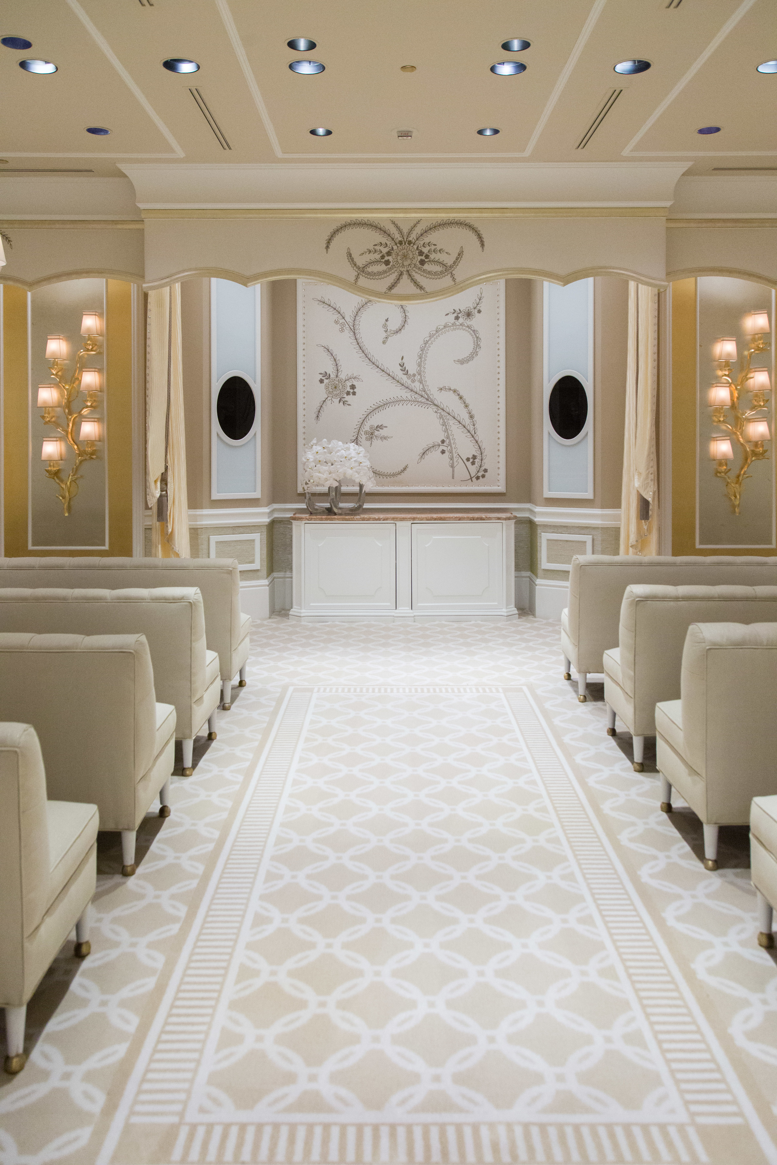 MUST-SEE: The Rich. Luxurious Interior Design of the Wynn Hotel — DESIGNED