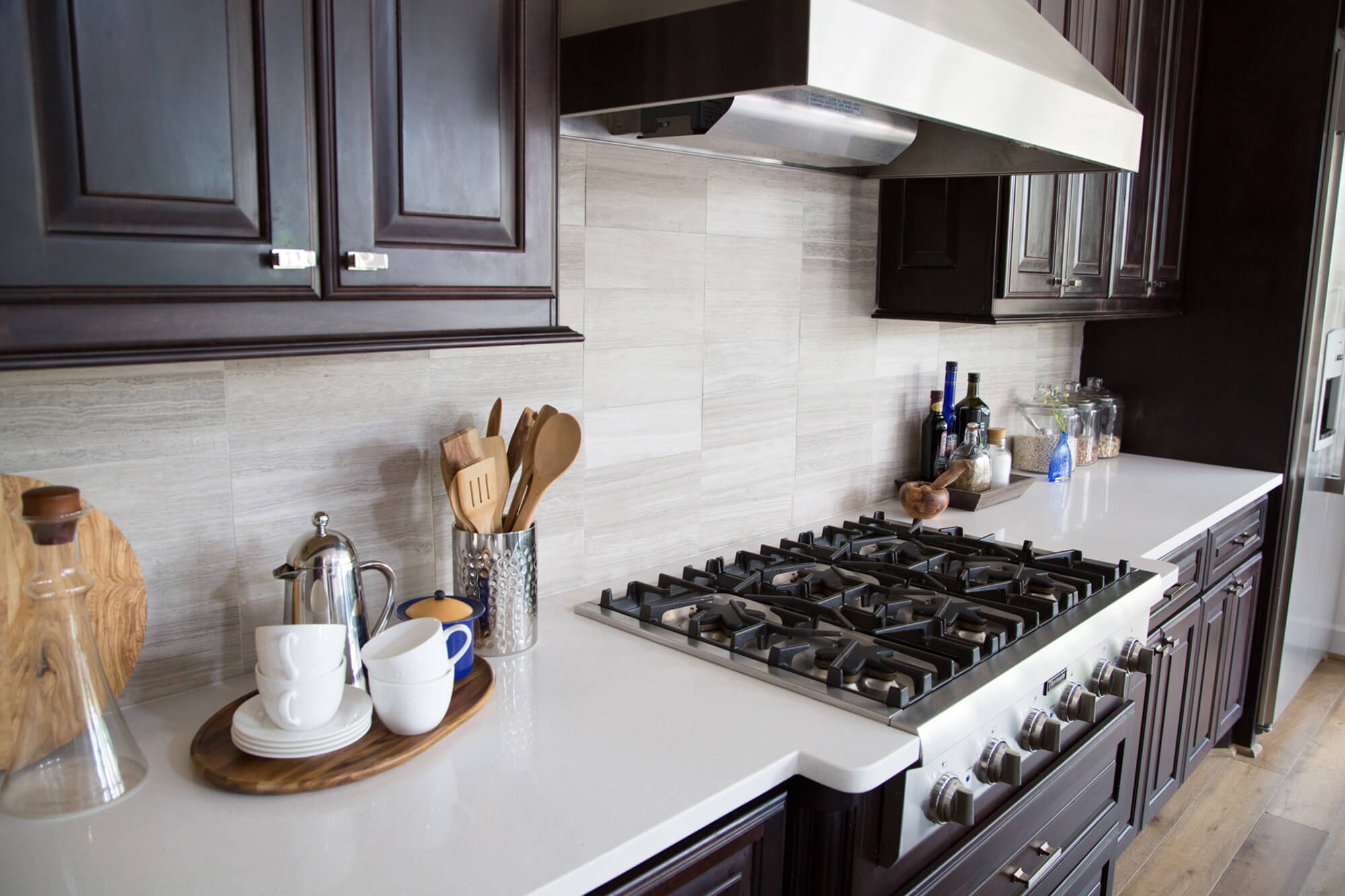 When To Use A Natural Stone Backsplash And When NOT To