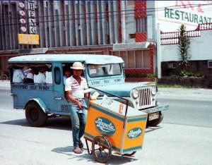 Ice-cream-Magnolia-vendor-300x234.jpg