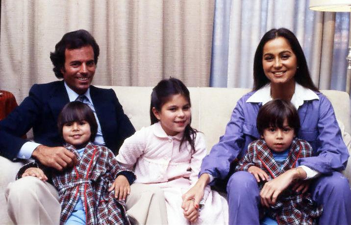 Julio Iglesias Marriage