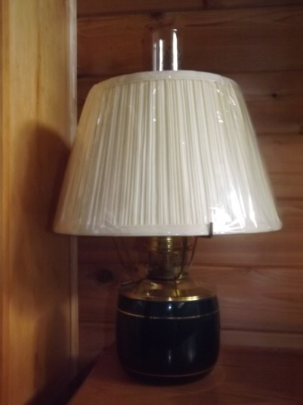 Unusual Aladdin Lamps Antique Kerosene Lighting