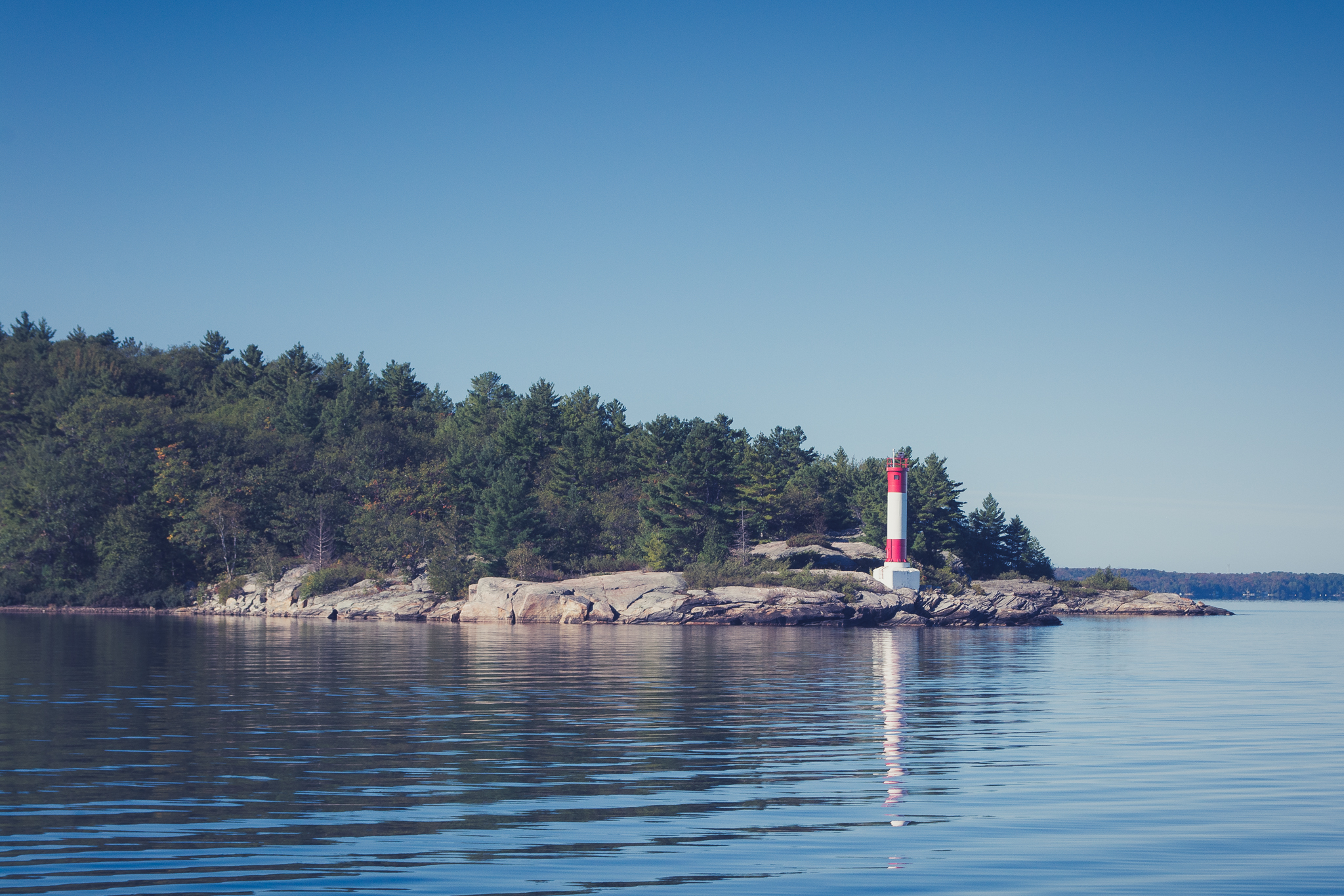 Lighthouse in Parry Sound (1/200s, f/11, ISO400)