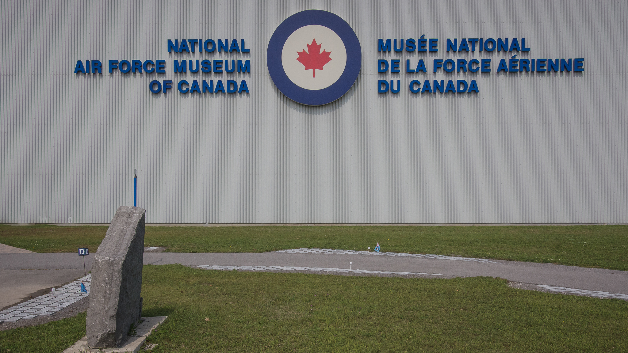 National Air Force Museum of Canada(1/800s, f/16, ISO400)