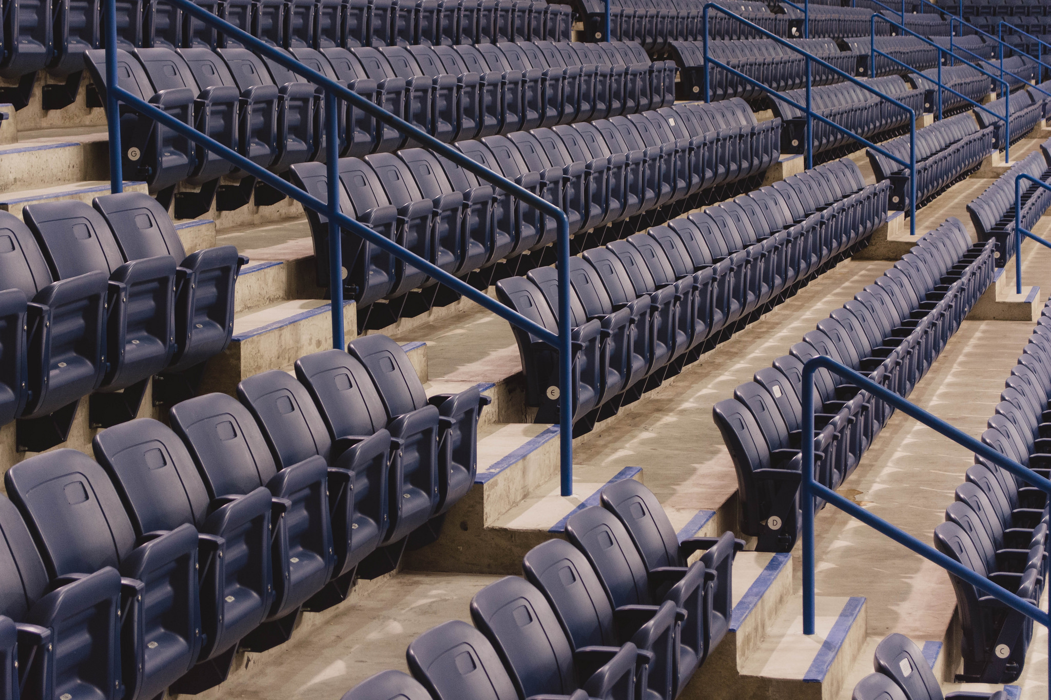 Seats at Maple Leaf Gardens (1/30s, f/5.6, ISO800)