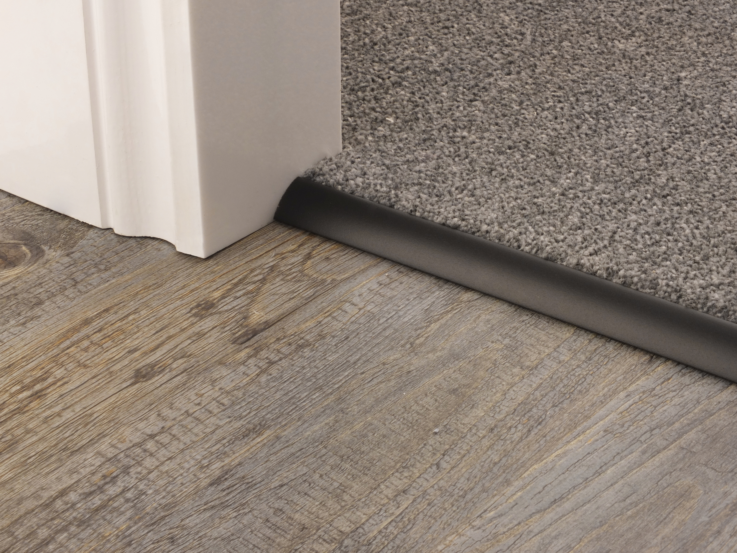 Single Carpet Edge Carpet to Hardfloor