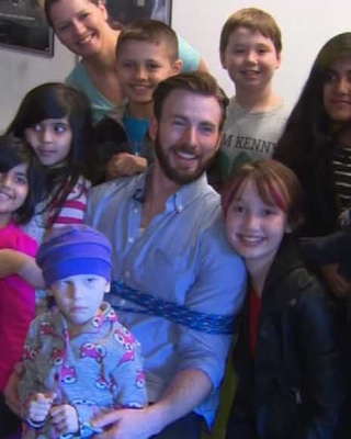 Chris Evans Surprises Young Fan Battling Cancer  GeekTyrant