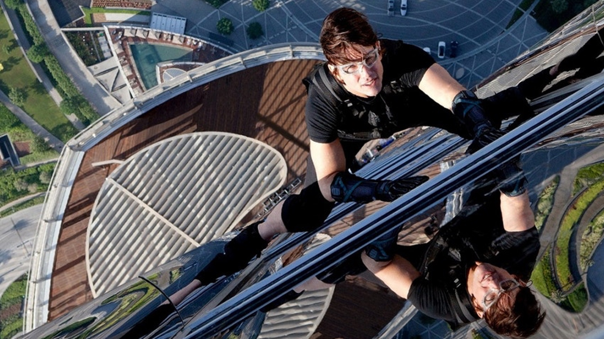 The Stunt Tom Cruise Pulls Off In Mission Impossible 6 Is